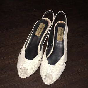 Vintage Saks Pumps